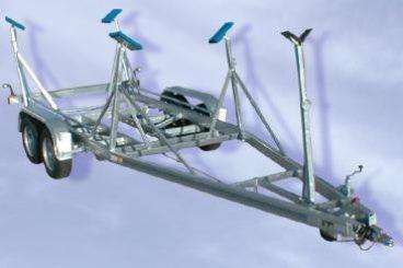 Harbeck Stahltrailer gebremst für Segelboote